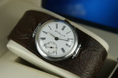 Henry Moser & Cie - mariage: pocket watch converted to a wristwatch ca 1900 and 1930