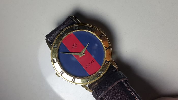 15ced33fb56 Gucci Men s Watch - 80 s - RED and BLUE - Catawiki