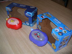 """Two thematic """"special edition View-Master Viewers"""" PLUS two reels with images of older View-Master Viewers"""
