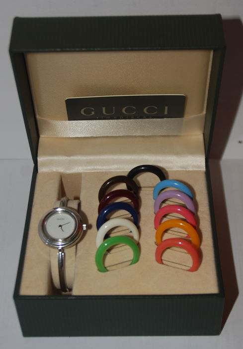 8cc33cb1a4c Gucci 1100L – Ladies Watch with Interchangeable Bezels - 1998 ...