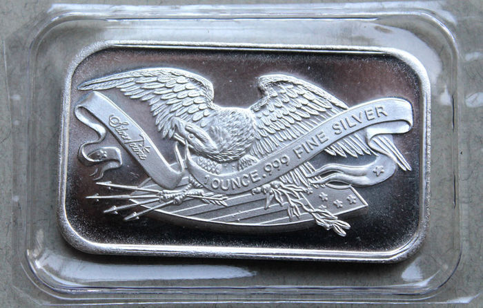 "Fine silver bars - Silvertowne ""The Retro Eagle and Shield"" - 1 oz"