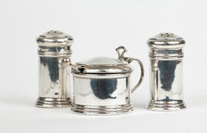 Silver condiment set (menage), Roberts and Dore, 1932