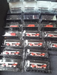 De Agostini - Scale 1/72-1/43 - Lot with 32 models: 23 x fire engines various and 9 x Mercedes ML500