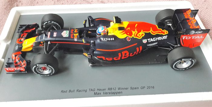 Spark Model Schaal 1 18 Red Bull Racing Rb 12 Winnaar Gp Spanje