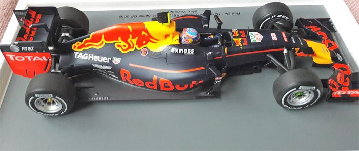 Spark Model - Scale 1 18 - Red Bull Racing RB 12 winner GP Spanje 2016 -  Max Verstappen be78e9c5ed