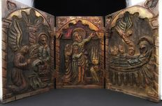 Very rare polychrome tables carved in wood, forming an altarpiece - polyptych dating back between the 18th and 19th centuries