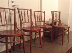 Four chairs Thonet style, early twentieth century.
