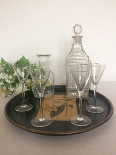 Paper mache serving tray, 2 decanters and 4 glasses. England and France early 20th century