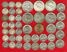 United States – Set of 42 coins, different values. 1 dollar (3), 1/2 dollar (6). 1/4 dollar (5), dime (21) and 5 cents (8). 1946 – 2000. (42)