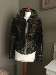Cardigan of dyed fur with rhinestone and leather, M.
