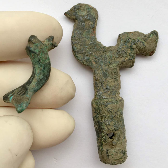 Ancient Roman bronze zoomprpic figure of a Rooster and a fragment of a zoomorphic fibula of a Dolphin - 25mm / 58mm