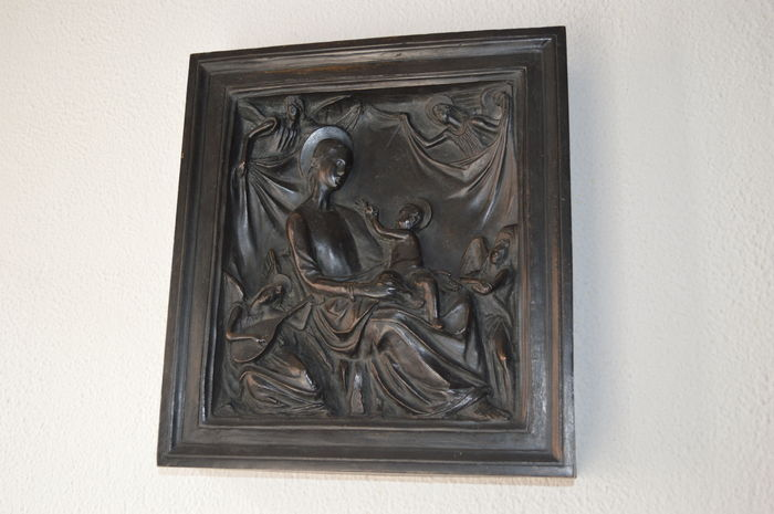 """Madonna and Child"" bronze bas-relief - Italy, last quarter of the 19th century"