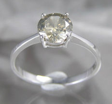14 Kt white gold solitaire diamond ring – 1.0 ct SI2