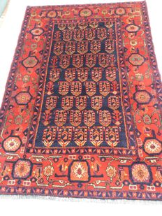 Wonderful antique rug, , Kurdistan, north-west Persia, Kakaberu tribe – 197 cm x 134 cm – 1960-1970s –auction starting from 1€ with no reserve price.