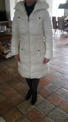 White Calvin Klein Jeans coat in mint condition.