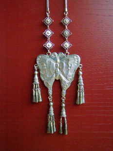 Silver necklace with butterfly - Golden Triangle - Thailand, Myanmar, Laos - Second half of the 20th century