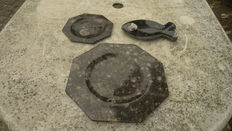 Plates and bowl of fossil marble - 29 x 29 cm, 19 x 19 cm and 21 x 12 cm - 2.3 kg (3).