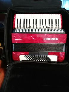 Chromatic Piano Accordion, HOHNER, Bravo III 72 Rot with gig bag - made in Germany, 2009 + Taktell Piccolo Metronome, series 832, ivory colour, made in Germany.