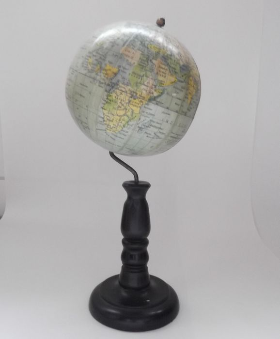 Globe by Arthur Krause, published by Rath on wooden base