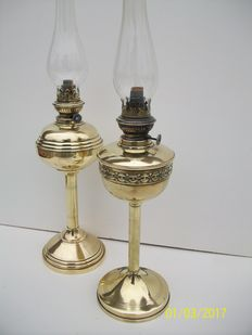 Two beautiful brass oil lamps Lot of 2