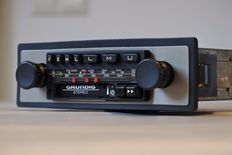 Grundig WKC3022 classic car radio with cassette player - stereo - 1978