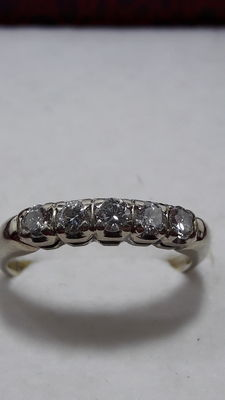 Ring in 14 kt gold with brilliant cut diamonds totalling 0.50 ct – Size: 17 mm ***No reserve***