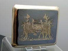 Silver cigarette case with engraving of elephants - Indonesia