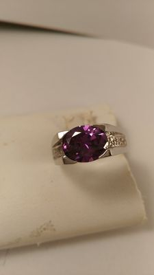 925 silver ring with 6 ct amethyst