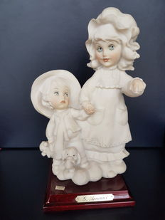 1983 - Copadimonte - Two Italian porcelain sisters on a step.