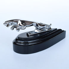 JAGUAR hood ornament / car mascot