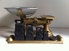 W & T avery ltd Birmingham scale with weights - ca. 1930