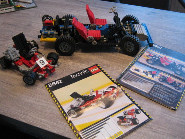 Technic - 8842 + 8860 - Go-Kart + Car Chassis