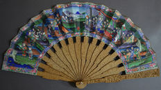 Hand carved sandalwood fan - China / Canton - 19th century.
