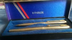 Very rare early model twin set silver vermeil (gold plated) Parker 75
