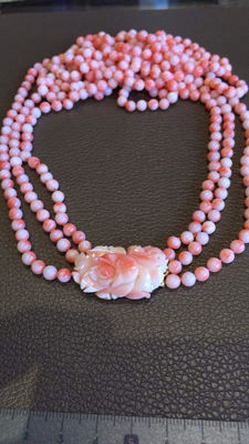 3 row continuous coral necklace
