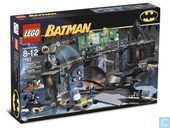 Lego 7783 LegoThe Batcave: The Penguin and Mr. Freeze's Invasion