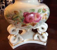 Grainger &Co. Worcester hand painted porcelain potpourri pot with snake handle lid
