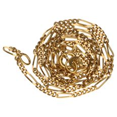 Yellow gold Figaro link necklace in 18 kt