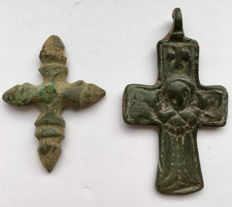 Two Medieval Bronze Hungarian Crosses / 32mm-42mm(2)