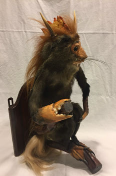 Taxidermy - Cabinet of Curiosities - Unique Rowland Ward of Piccadilly Chimaera - 70 x 24 x 30cm - 2650gm