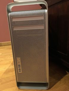 Apple Mac Pro 1.1 - from 2008 - 2x Xeon 2.67Ghz Dualcore (4 cores together), 5GB RAM, 250GB HD, with Apple Cinema screen 20""