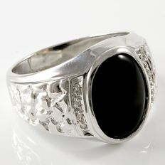 Estate Men's 14kt White Gold Ring With Genuine Onyx and Diamonds