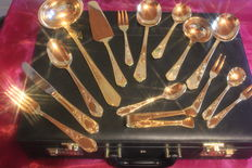 Dinnerware - fully gold-plated cutlery! SBS Solingen cutlery case, 70 piece set - Model No. 25 Vienna - 23/24 carat hard gold plated