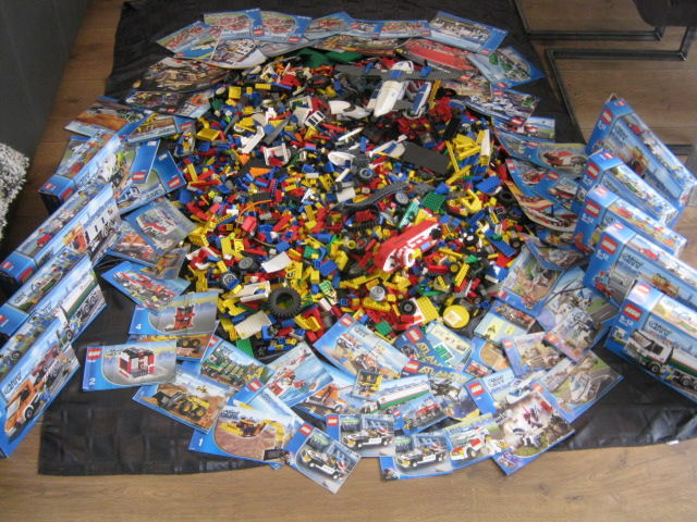 assorted 19 kg lego city including manuals and boxes catawiki