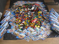 Assorted - 19 kg Lego City, including manuals and boxes