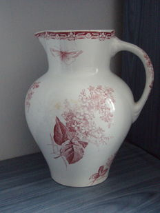 Pretty water pitcher in fine faience, Creil and Montereau