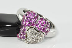 1.35 ct pink sapphire and 0.35 ct diamond heart ring in 18 kt white gold