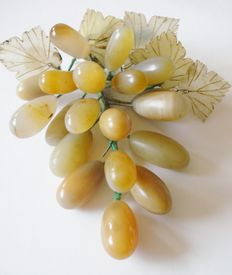 Antique jade bunch of grapes