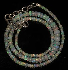 Necklace with beads of Ethiopian  Welo opal, between 2 and 6 mm.