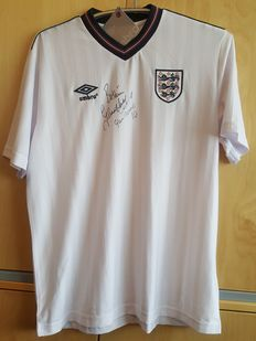 Glenn Hoddle - official England UMRO shirt - original signed by Glenn Hoddle + COA.
